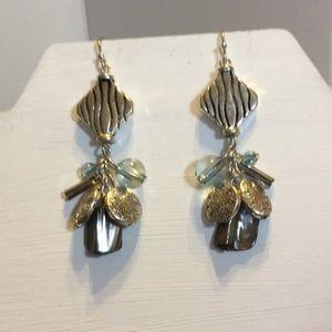 Jewelry - 🍓5/$15.00🍓Dangle Earrings‼️must ‼️